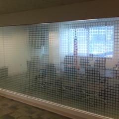 Block Design Window Frosting 2