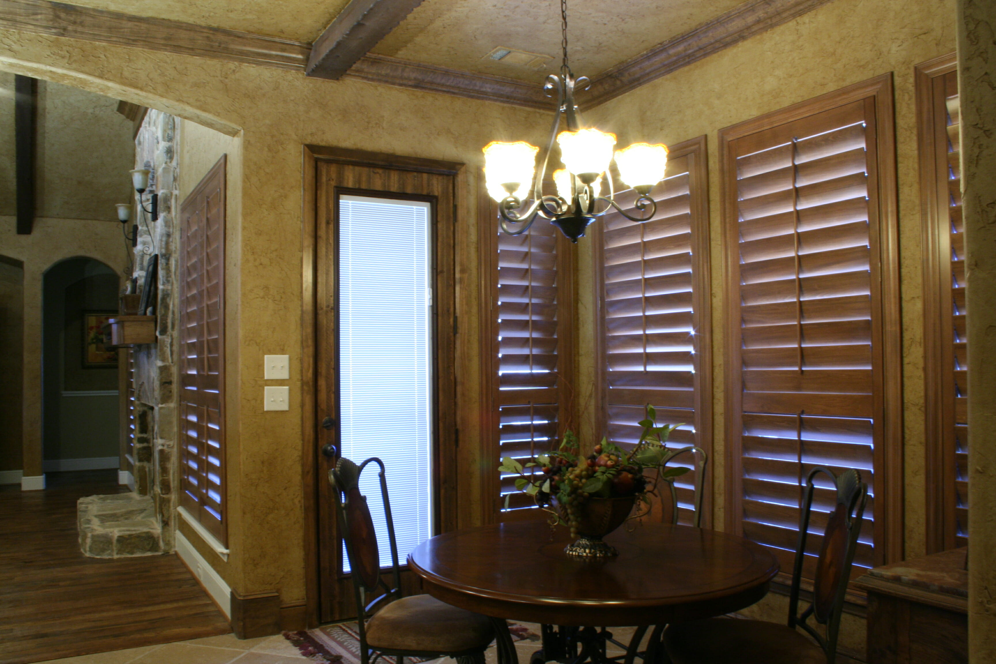 Plantation Shutters Video Amp Photo Gallery