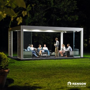 This freestanding Renson pergola is ideal for dinner parties.