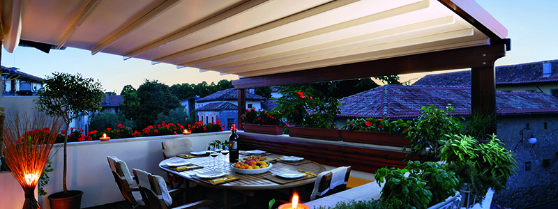 pergola idea for outdoor entertaining