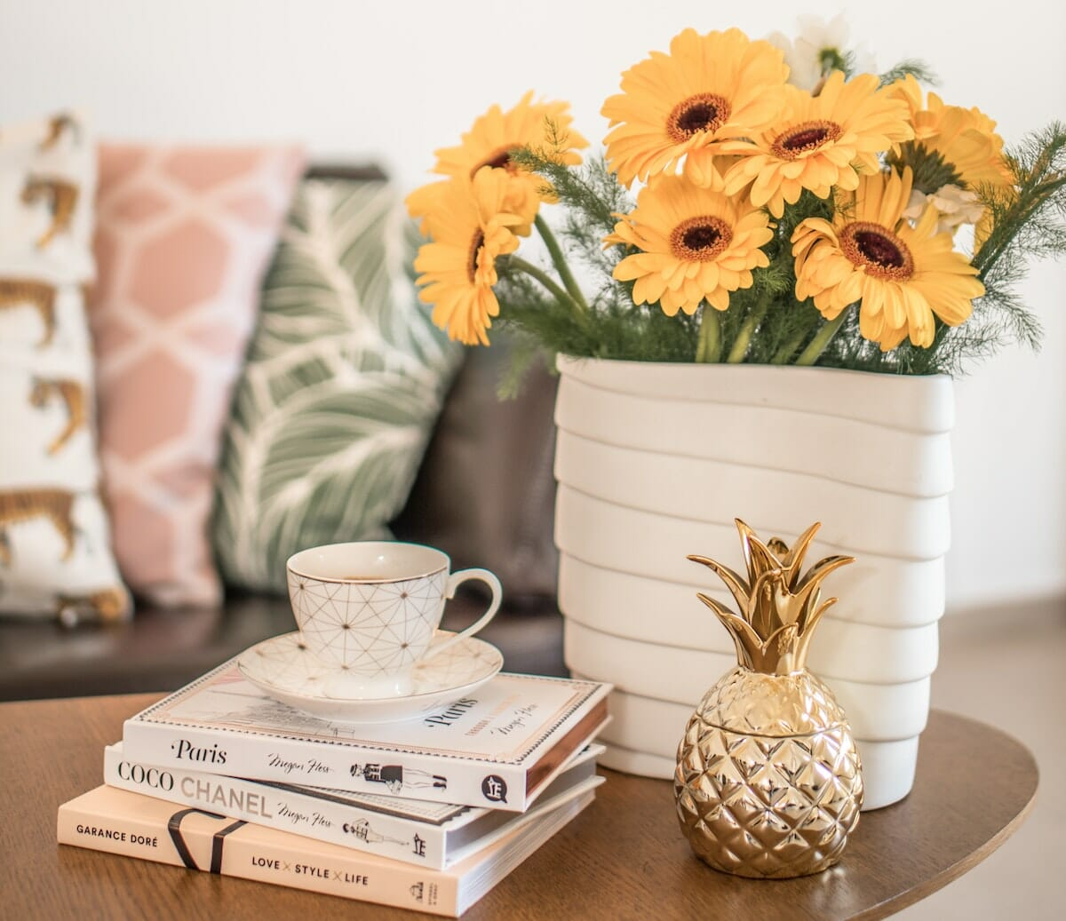 Color is your new best friend for summer decor inspiration!